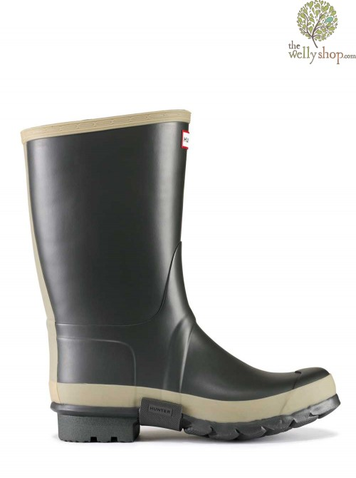 DISCONTINUED - Hunter Gardener Wellington Boots Dark Olive with Sole Dig Pad